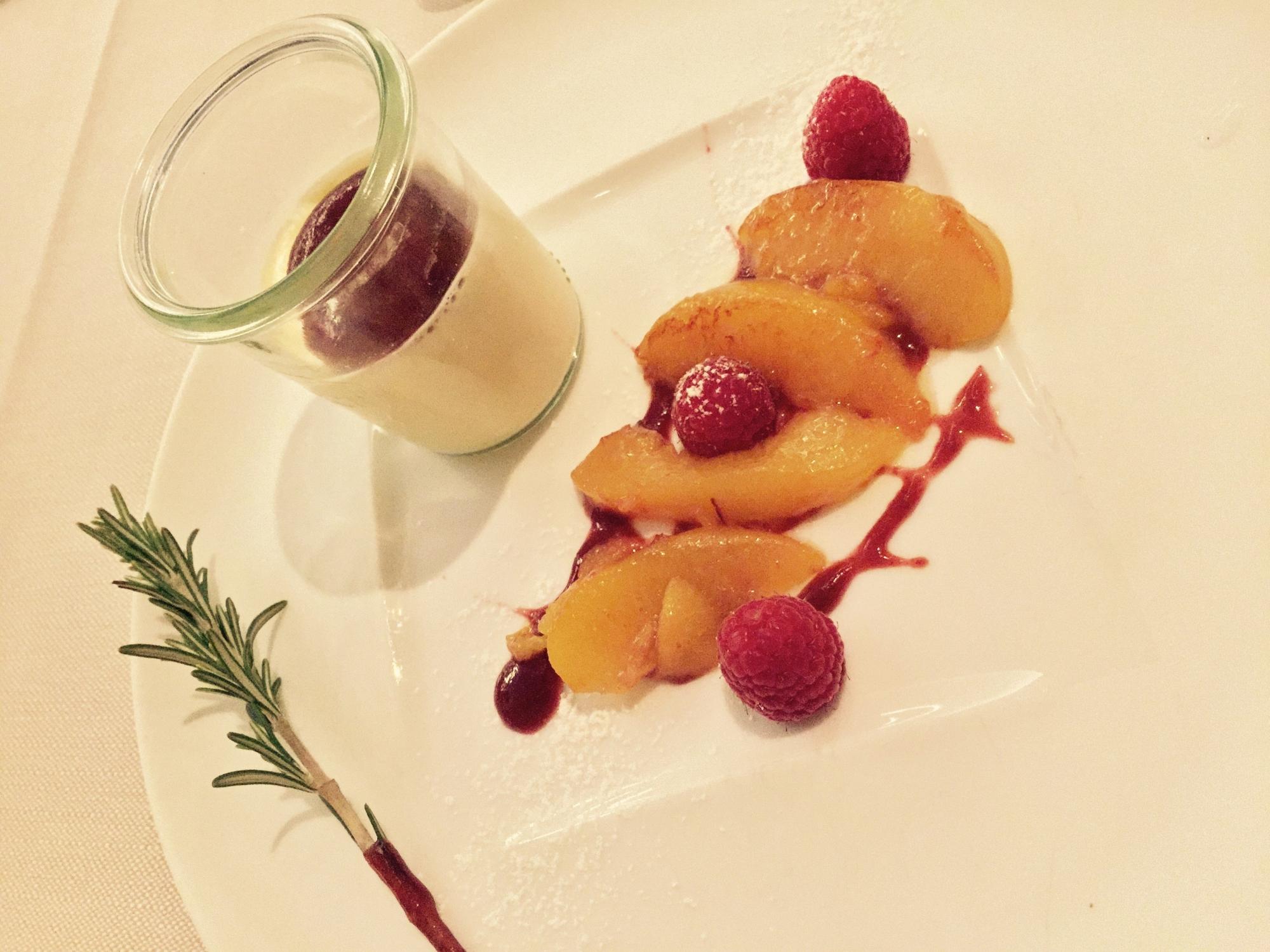 rosemary panna cotta fruit slices