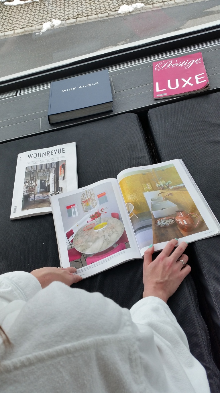 spa pool magazines decoration